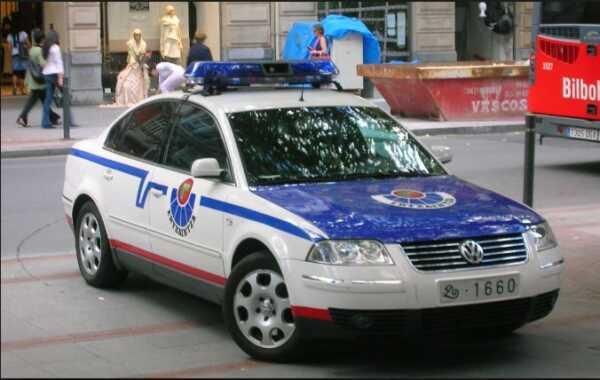 Detenida una mujer tras agredir a otra con una botella en Bilbao,