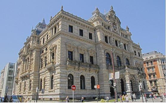 Hacienda de Bizkaia devolverá 432 millones de euros a 398.000 contribuyentes a partir del 4 de mayo,