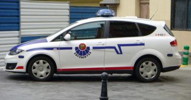 Tres detenidos por agredir con navajas a seis personas en una discoteca de Santurtzi,