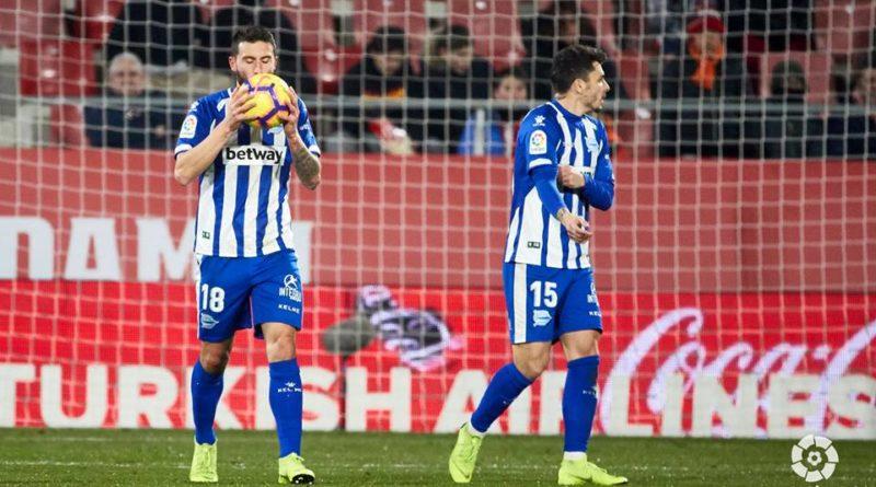 El Alavés sufre ante el Girona,