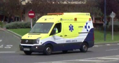 Un conductor atropella en Bilbao a dos peatones y choca contra El Corte Inglés,