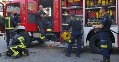 Dos intoxicados en un incendio en Barakaldo,