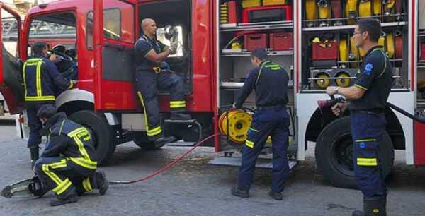 Intoxicadas dos personas por un incendio en una caldera en Tolosa,