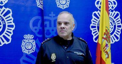 Castañeda toma posesión del título de jefe de la Comisaría Provincial de Policía de Álava,