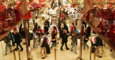 Los vascos se dejaron de media 473 euros en Navidad,