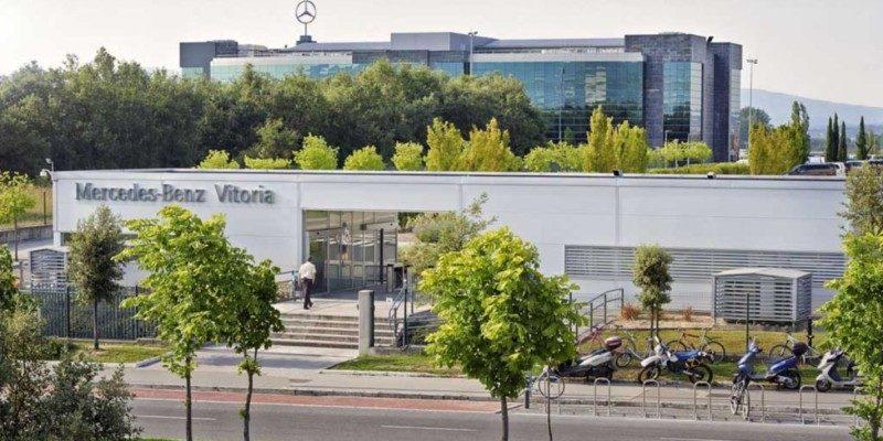 Mercedes-Benz de Vitoria reanudará el lunes la actividad de sus tres turnos de producción,
