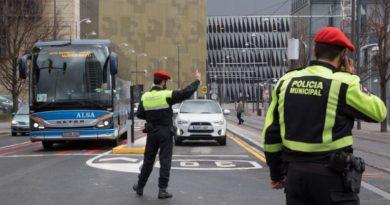 Policía Municipal y Ertzaintza refuerzan en Navidad y rebajas la vigilancia en zonas comerciales y de ocio nocturno de Bilbao,