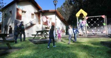 Más de 3.500 personas visitaron el Aula Ambiental de Larrañazubi en 2018,