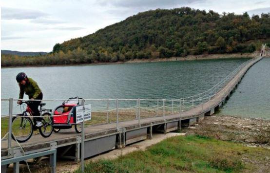 Reforzarán el acceso al pantalán flotante de la Ruta Verde del Embalse de Ullibarri-Gamboa,
