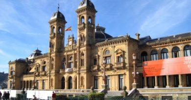El Gobierno Vasco, las diputaciones forales y los ayuntamientos hacen pública una declaración con motivo del Día Internacional del Euskera,