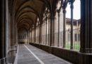 La Catedral de Pamplona, incorpora de forma pionera en España el latín en su información al público