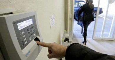 Los trabajadores podrán ser sancionados económicamente si llegan tarde a su puesto de trabajo,