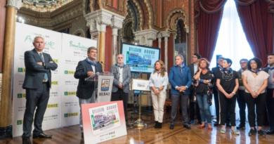 Presentan un cupón especial de la ONCE dedicado al 90º aniversario del Mercado de la Ribera,