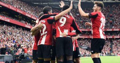 El Athletic se coloca líder tras derrotar al Alavés en el derbi,