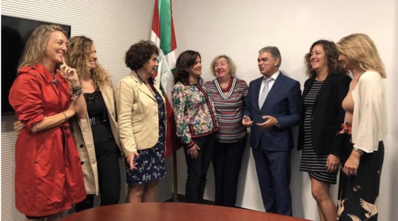 La Asociación de Mujeres Empresarias y Profesionales de Bizkaia 'Siglo XXI' presenta su estrategia para impulsar el empoderamiento de la mujer,