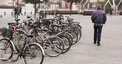 50.000 euros para colocar 565 nuevos aparcabicis en Vitoria-Gasteiz,