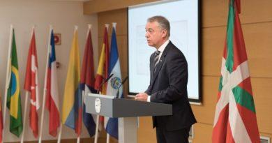 """Urkullu: """"La experiencia y el encuentro internacional nos enriquece como País"""","""
