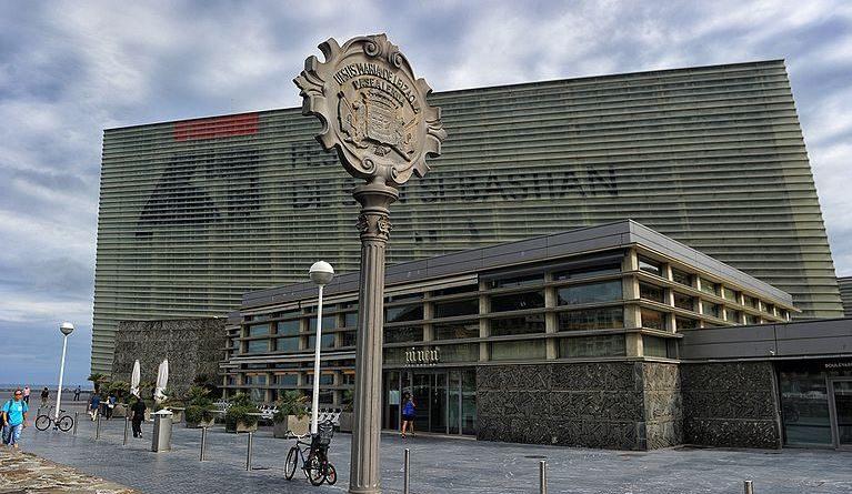 Muestra Solar K con los principales proyectos que concursaron en la construcción del Kursaal,