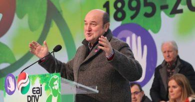 Ortuzar: EAJ-PNV va a defender en todos los foros la capacidad de Euskadi para decidir libremente su futuro,