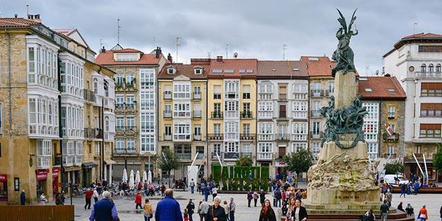 Ezquer Anitza-IU rechaza un presupuesto municipal que hipoteque a Victoria-Gasteiz,