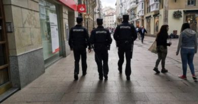Detenida una pareja en Gasteiz por agredirse mutuamente,