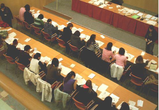 El Servicio de Archivos de Álava imparte talleres de escritura antigua para alumnado de institutos,