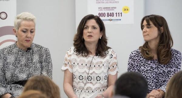 Euskadi se ofrece para acoger a personas refugiadas ubicadas en el campo de Moira, Lesbos,