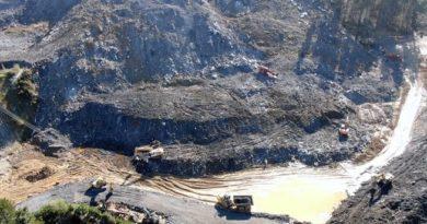 Continúa la búsqueda de los dos trabajadores desaparecidos en el  vertedero de Zaldibar,