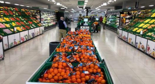 Mercadona reactiva las donaciones a los bancos de alimentos y comedores sociales,