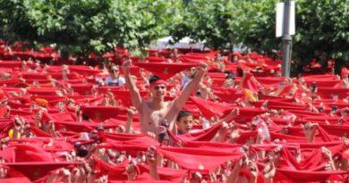 La Federación de Peñas propone la convocatoria de la mesa de los Sanfermines para analizar la situación de las fiestas de este año,