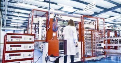 """Mondragon inicia una """"tímida"""" reactivación de la actividad en sus fábricas de entre un 20% y un 25%,"""