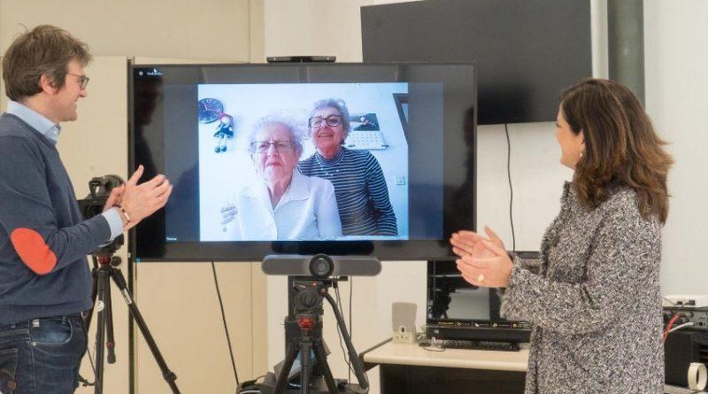 Gobierno Vasco y Ayuntamiento de Vitoria felicitan a una usuaria del servicio de teleasistencia en su 104 cumpleaños,