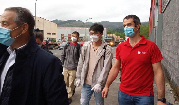 """Mondragon Assembly fabricará más máquinas para mascarillas en su planta china por la """"altísima demanda"""","""