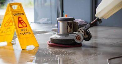 La limpieza en las comunidades de vecinos ante la propagación del COVID-19,