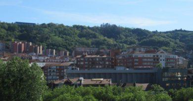 """Policía Local de Bilbao permite practicar senderismo tras la """"participación responsable de la ciudadanía"""","""