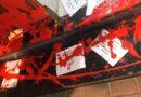 "Arrojan pintura roja y pasquines con la palabra ""asesinos"" en la vivienda de la socialista Idoia Mendia"