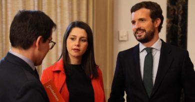 Casado y Arrimadas participan juntos el domingo en Guernica en el acto central de PP+Cs para la campaña vasca,