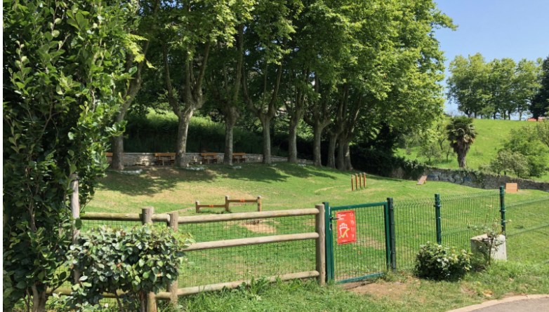 El parque para perros de Gain Gainean en Irún se renueva,