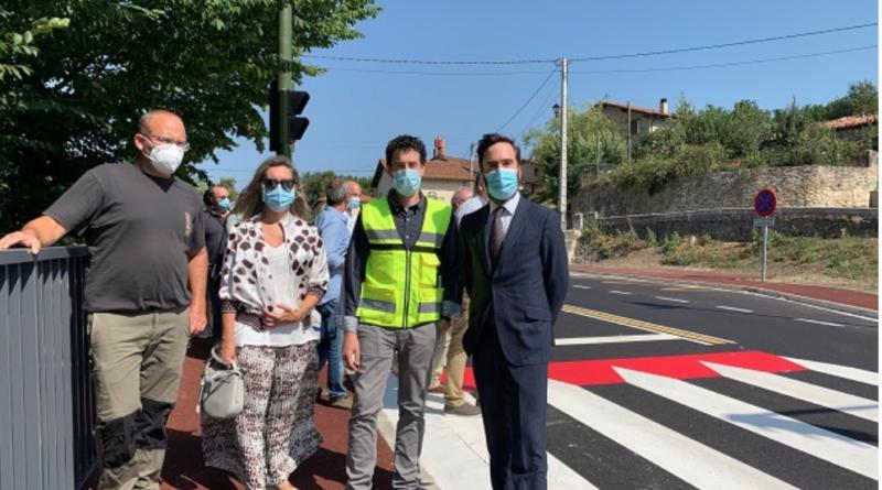 La Diputación Foral finaliza las obras de urbanización y calmado de tráfico de la travesía de Azázeta,
