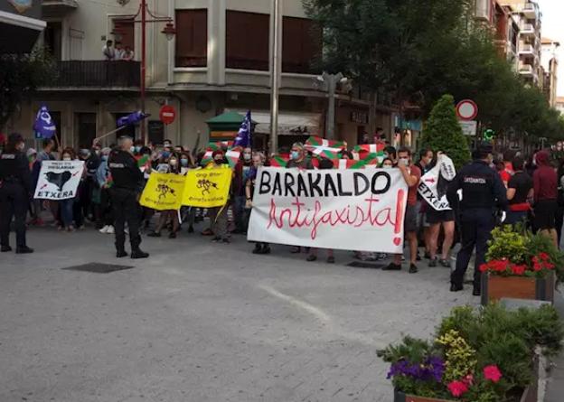 En libertad  los cinco detenidos durante los incidentes de Vox en Barakaldo,