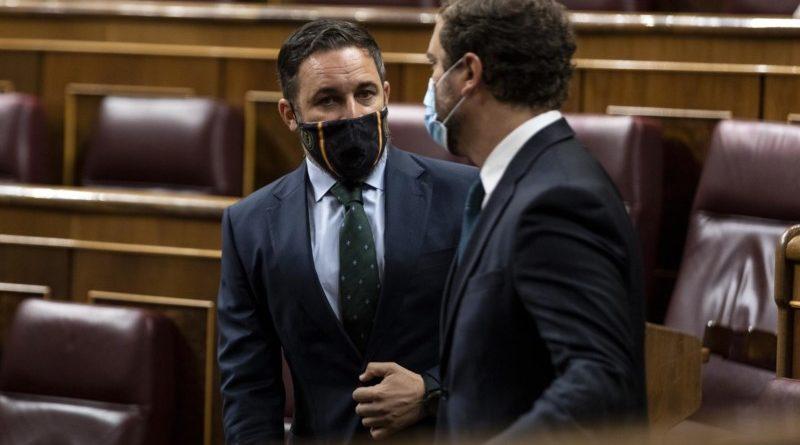 Abascal y Otegi asisten a la constitución del Parlamento vasco,