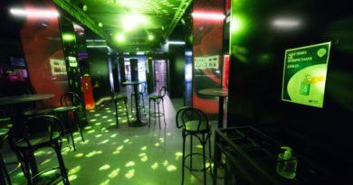 Euskadi cierra desde hoy los pubs y discotecas tras un fin de semana con horarios ampliados,