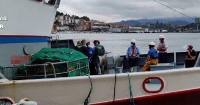 Investigan el hallazgo de restos humanos en la red de pesca de un barco que faenaba frente a la costa de Gipuzkoa,