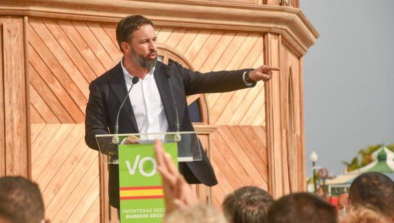 """VOX denuncia a los alcaldes de Bilbao, Vitoria, Pamplona, Hernani, Eibar y Usurbil por """"enaltecimiento del terrorismo"""","""