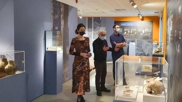 Arkeologi Museoa recorre los últimos siglos de la historia de la arqueología vasca en la exposición `Sobre espaldas de Gigantes´,